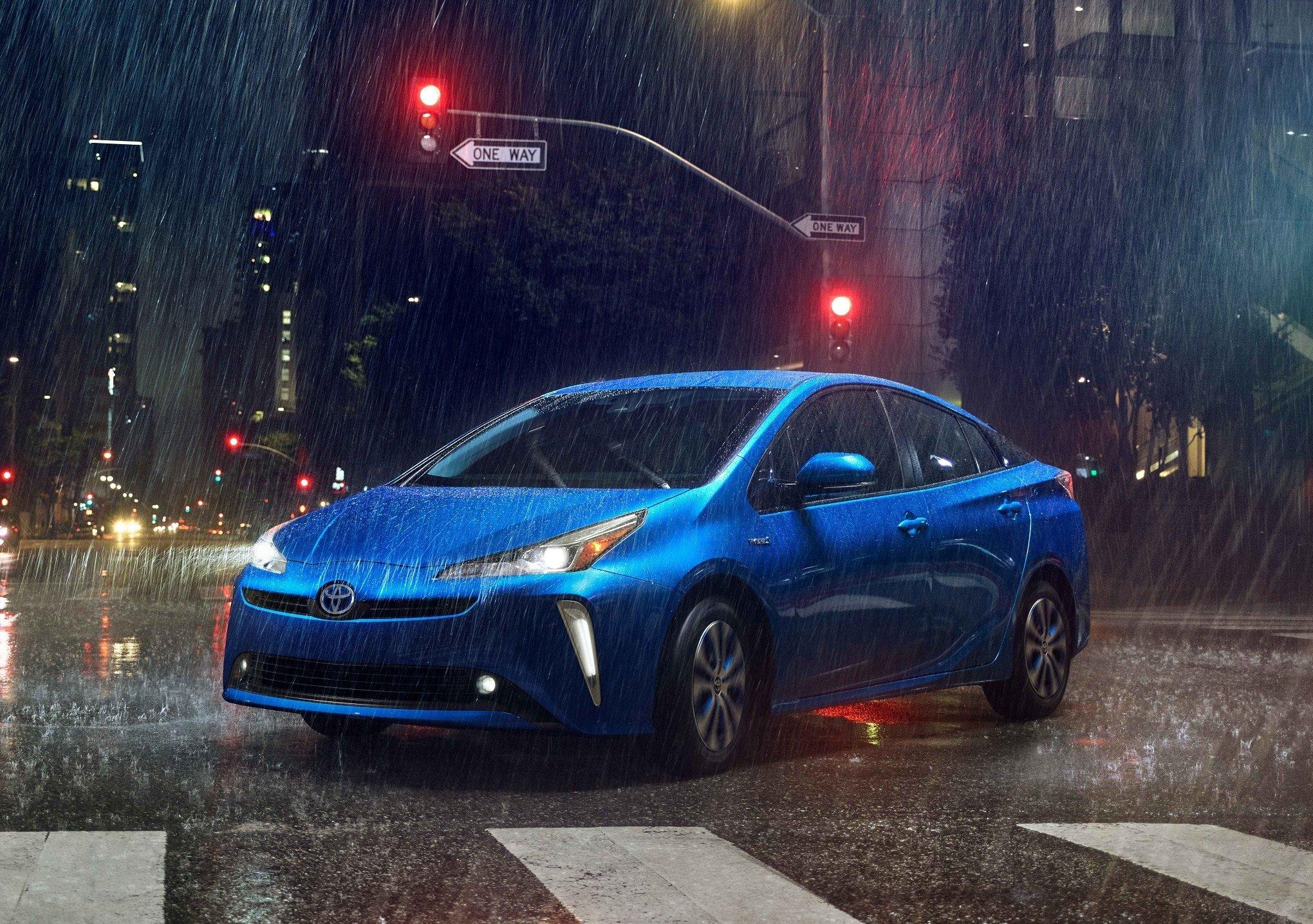 Toyota Hybrid Cars >> Toyota Hybrid Cars Suvs Squamish Toyota